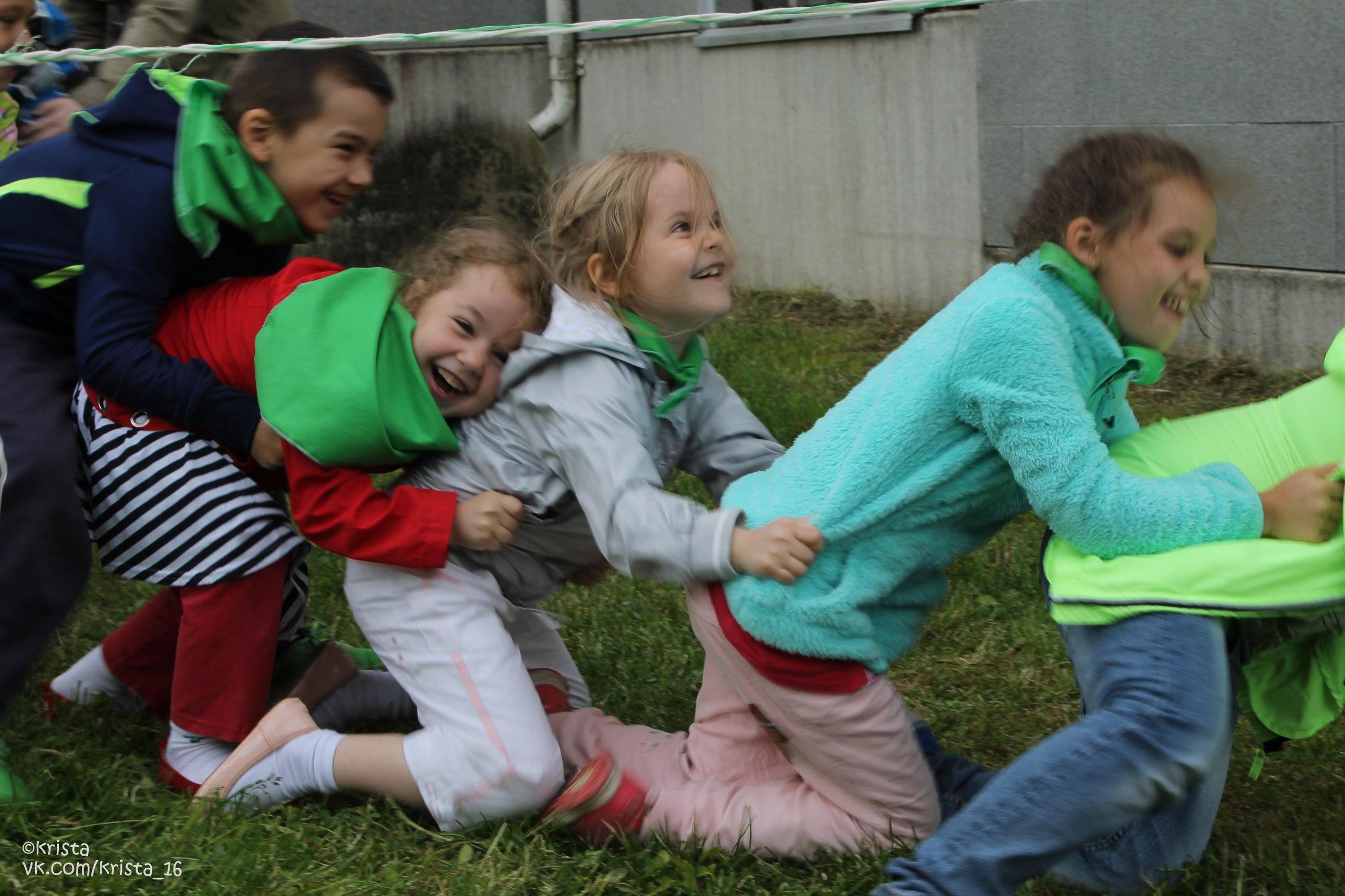 Заставка для - Детское и молодежное служение